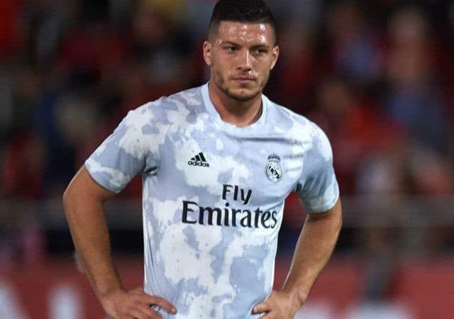 Thông tin đầy đủ và chi tiết về cầu thủ bóng đá Luka Jović